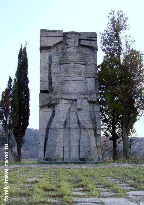 Памятники 7 бригады морской пехоты гравировка иконы на памятнике